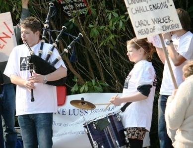 Pipes & Drums, Schools Closures Protest, Kilmory Castle, Lochgilphead (19.4.11)